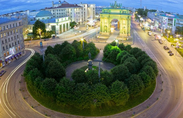 Площадь Стачек