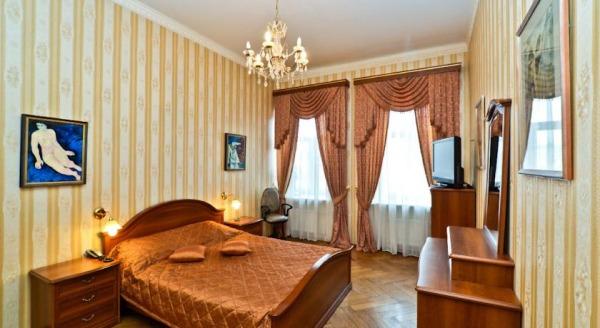 SpbStay на Грибоедова