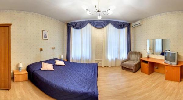 Отель Невский Ряд - Невский 100
