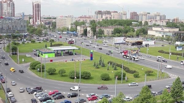 Площадь Конституции в Санкт Петербурге