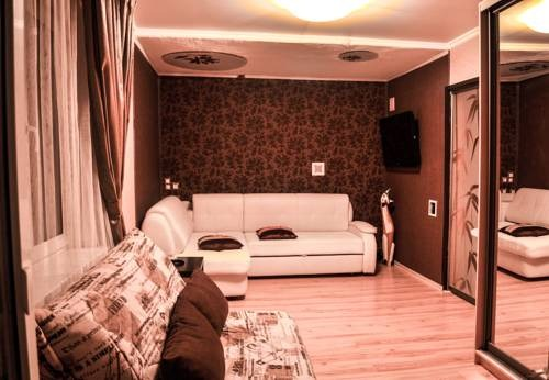 Апартаменты на Шаумяна 81
