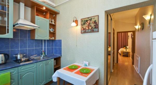 Apartment on Bolshaya Konyushennaya 2