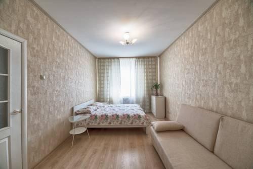 Апартаменты на Коломяжском