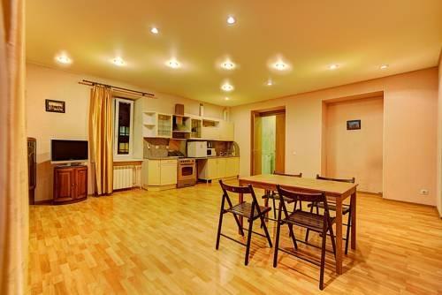 Apartments Longo on Chaykovskogo 54