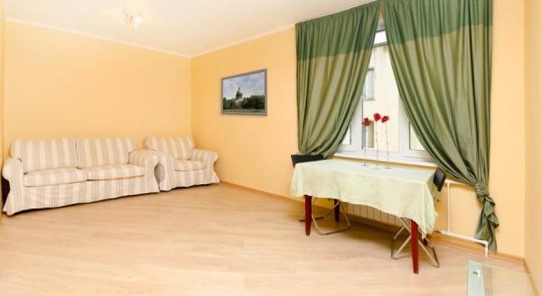 Apartments on Krasnoputilovskaya