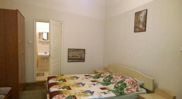 Apartments on Nevsky 142
