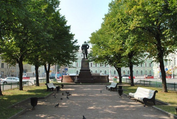 Театральная площадь Санкт Петербурга