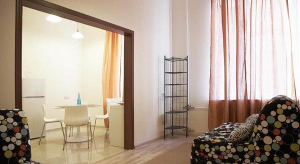 Apartments on Griboedova 35