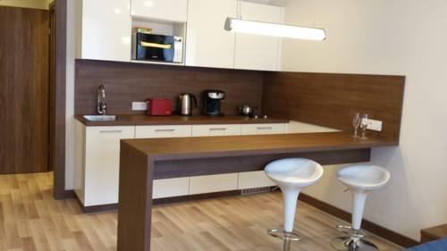 Apartment On Khoshimina