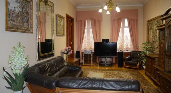 Apartments on Grivtsova 1