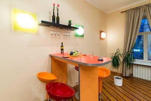 Apartments Marata 13
