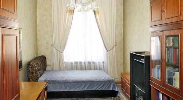 Apartment Suvorovskiy 17