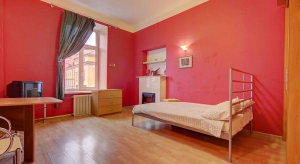 Longo Apartment Griboedova 9