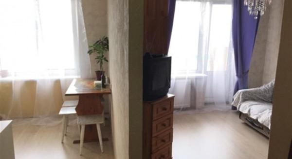Apartments on Bolshevikov 21