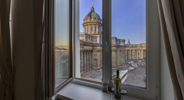 Peter the Great Apartments in Centre with View