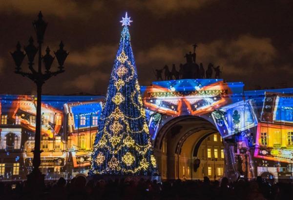 Главная городская елка на Дворцовой площади