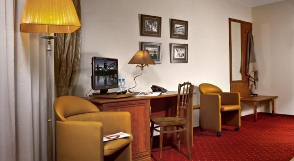 Карамазов Отель